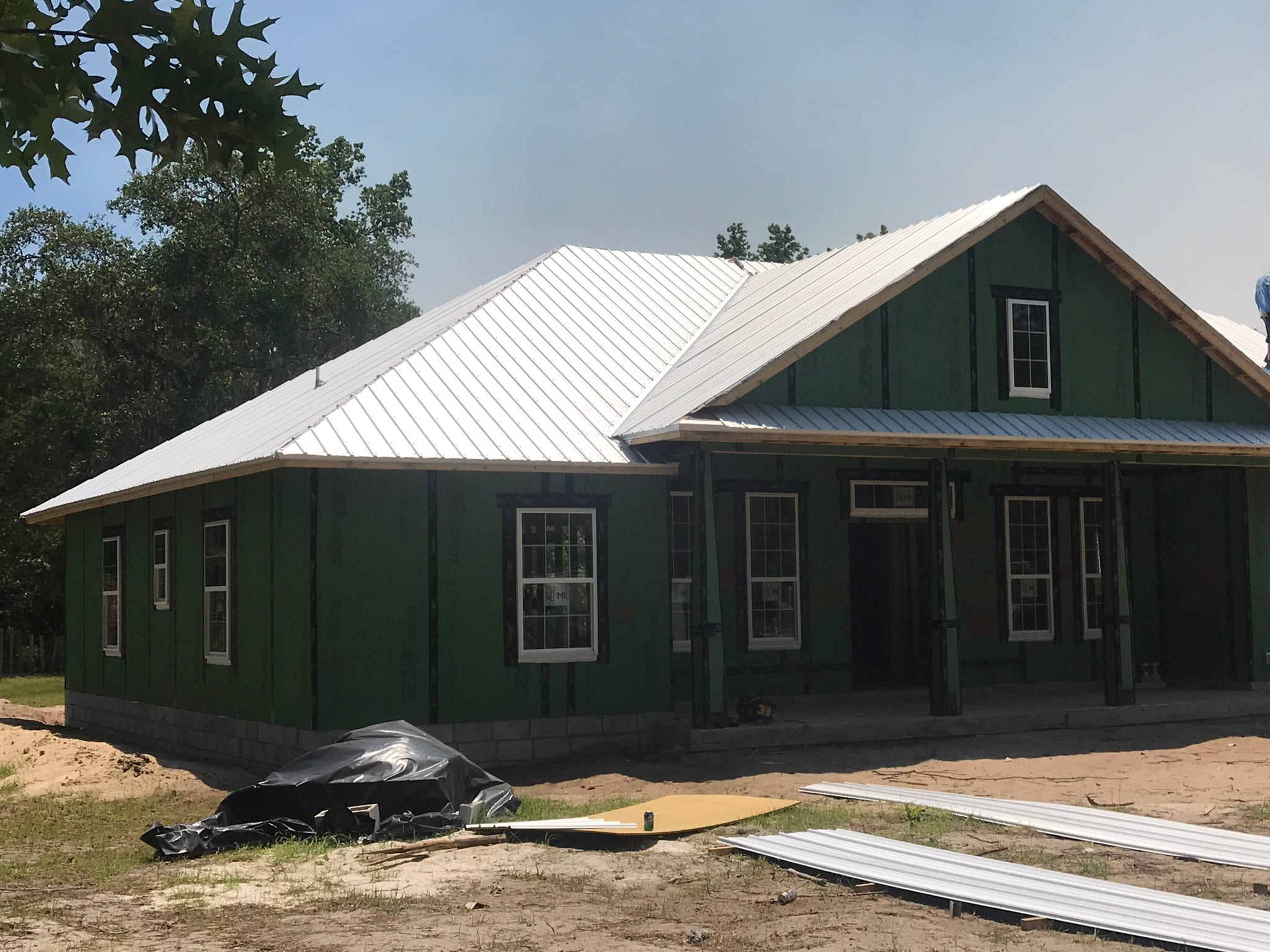 photo of roof on house under construction
